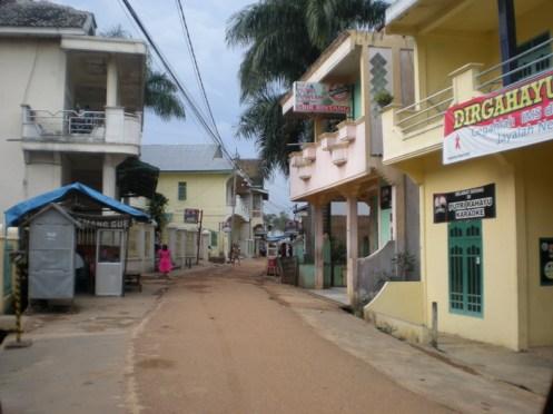 suasana di Pucuk saat hari AIDS 2008 kemarin...lengang...